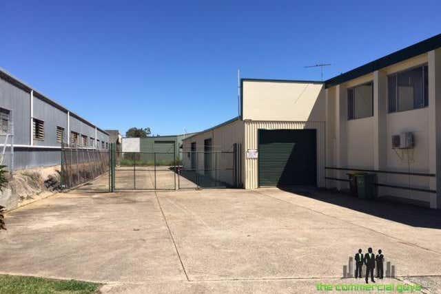 15 Brewer St Clontarf QLD 4019 - Image 2