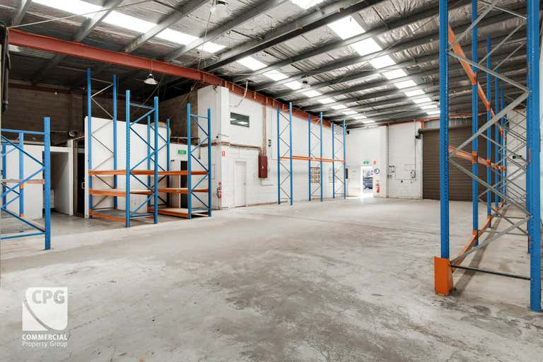 1 & 2/13 Garema Circuit Kingsgrove NSW 2208 - Image 2