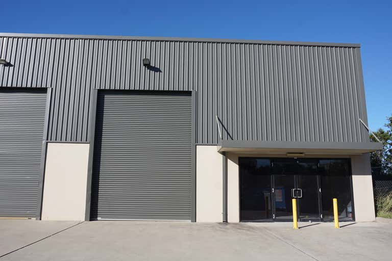 7/2 Enterprise Crescent Singleton NSW 2330 - Image 1