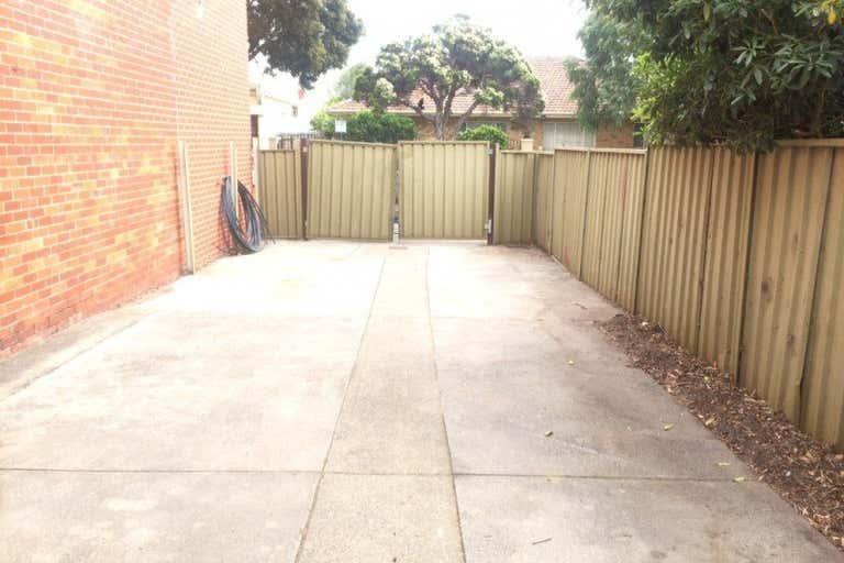 319 Bay Street Port Melbourne VIC 3207 - Image 3