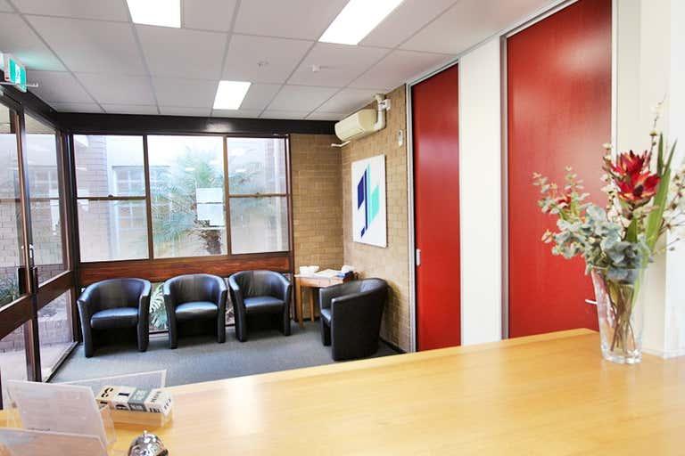 57 Gurwood Street Wagga Wagga NSW 2650 - Image 2