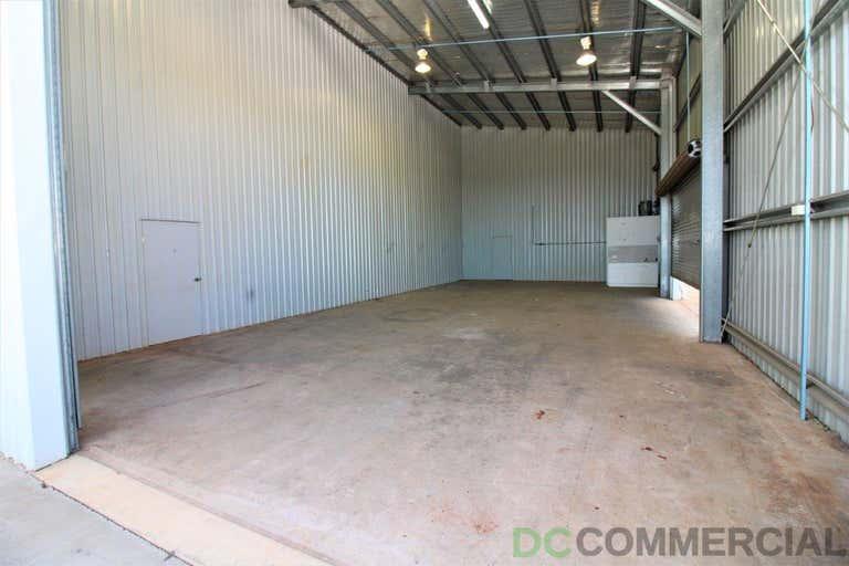 2/19 Croft Crescent Harristown QLD 4350 - Image 2