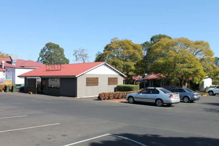 Shop 8, 10476 New England Highway Highfields QLD 4352 - Image 2