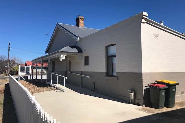 75 Bradley Street Goulburn NSW 2580 - Image 3