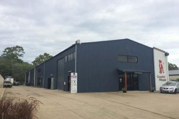 3/15 Carlo Drive Cannonvale QLD 4802 - Image 1