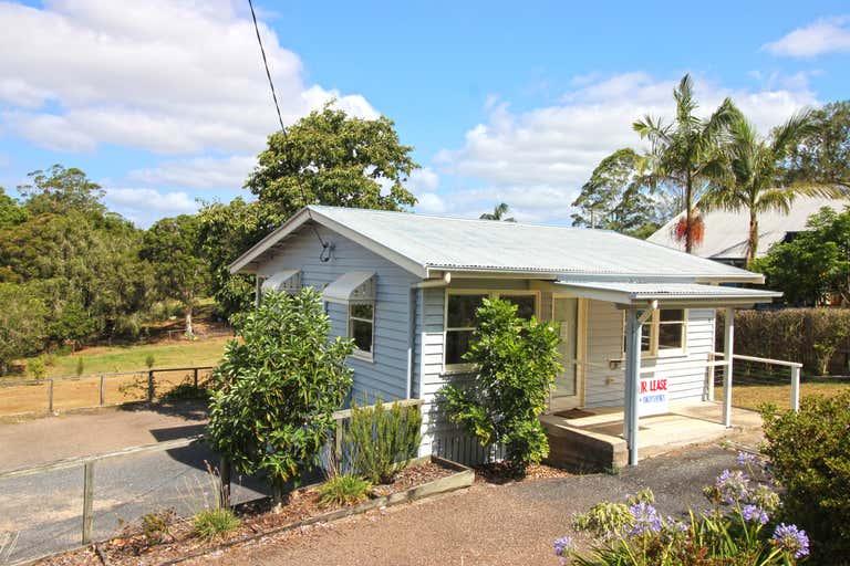 9 Myrtle Street Maleny QLD 4552 - Image 2