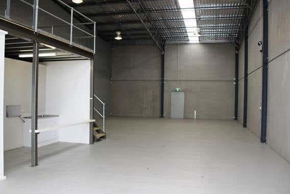 Unit 4, 4 Burnet Road Warnervale NSW 2259 - Image 2