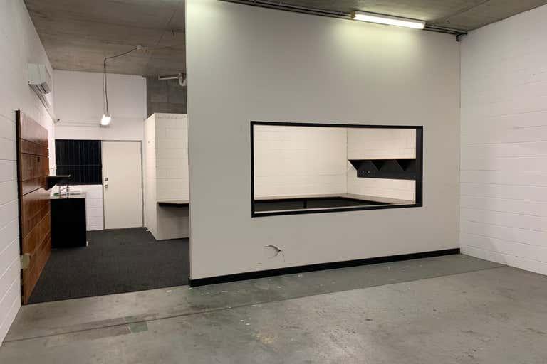 Unit 4, 16 Bishop Street Kelvin Grove QLD 4059 - Image 2