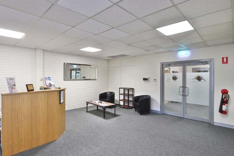 Suite 4, 20 Tompson Street Wagga Wagga NSW 2650 - Image 2
