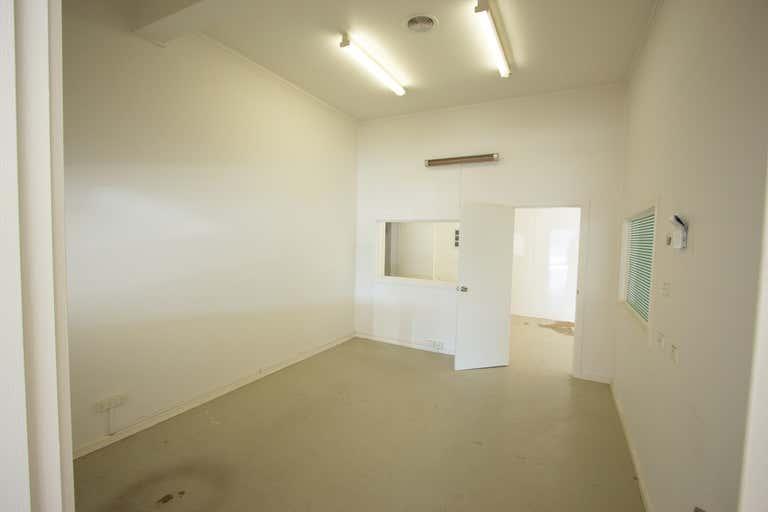 138-140 Hammond Avenue Wagga Wagga NSW 2650 - Image 3