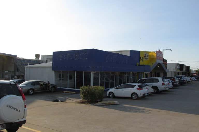 2/99 Main Street Pialba QLD 4655 - Image 2