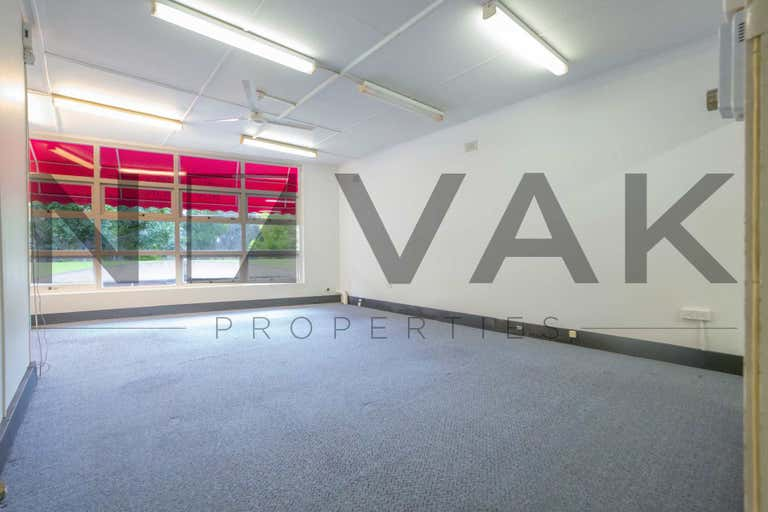 LEASED BY MICHAEL BURGIO 0430 344 700, 1463C Pittwater Road Narrabeen NSW 2101 - Image 4