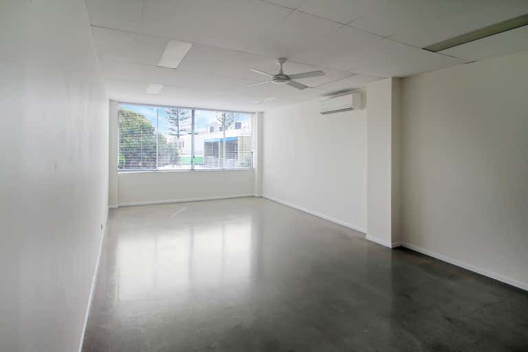 7/10 Grebe Street Peregian Beach QLD 4573 - Image 3