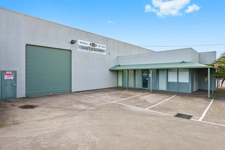 3/145-147 Victoria Street North Geelong VIC 3215 - Image 1
