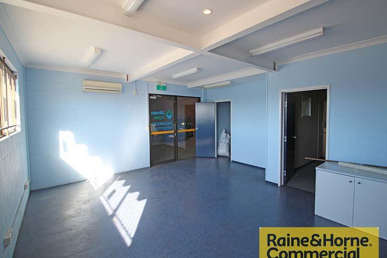 3/270 Robinson Road Geebung QLD 4034 - Image 3