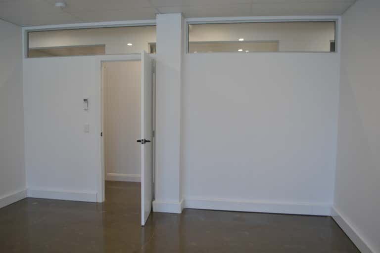3B/Office 3, 19-21 Park Avenue Burleigh Heads QLD 4220 - Image 2