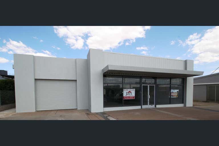 14 Simpson Street Mount Isa QLD 4825 - Image 2
