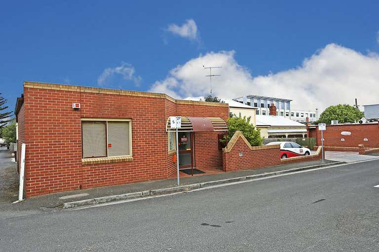 Unit 2, 142 Little Ryrie Street Geelong VIC 3220 - Image 1