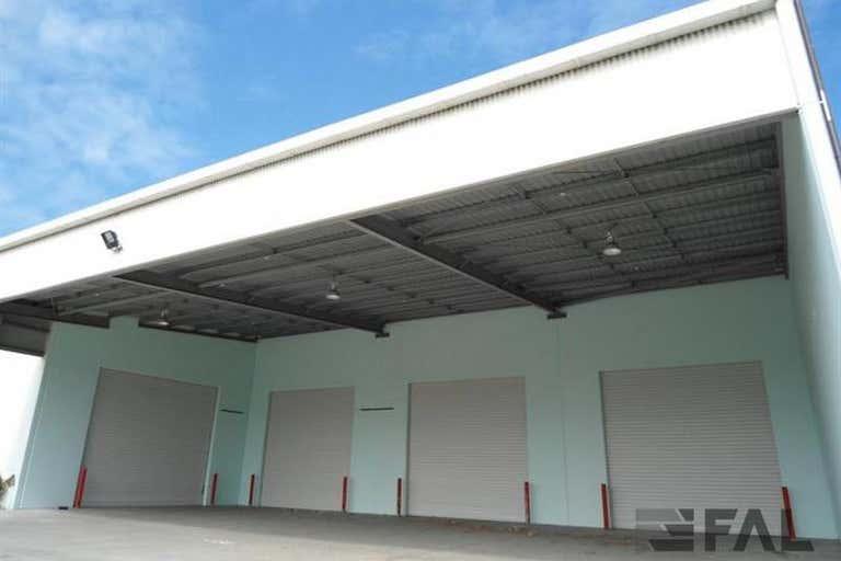 Whole Building, 80 Stradbroke Street Heathwood QLD 4110 - Image 2