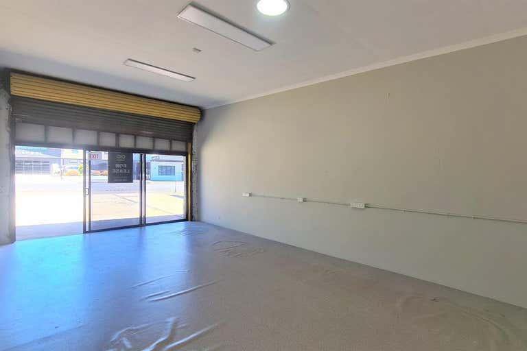 2/94a Mort Street Toowoomba City QLD 4350 - Image 4