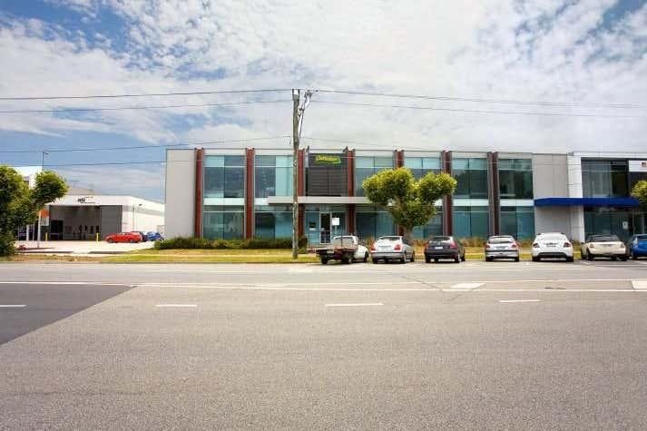 Clarendon Homes, Unit 1, 435 Williamstown Road Port Melbourne VIC 3207 - Image 2