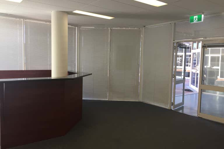 5/9-11 Lawrence Drive Nerang QLD 4211 - Image 4
