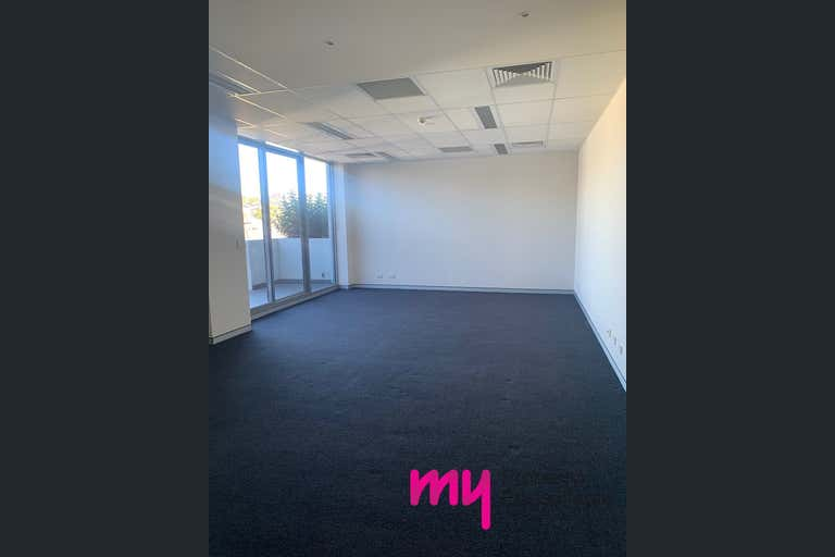 .206 The Vue Campbelltown NSW 2560 - Image 4