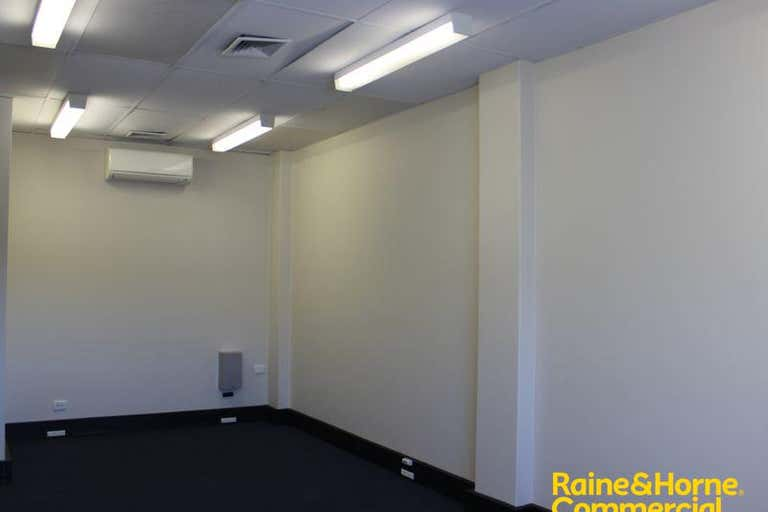 Suite 17 46-52 Baylis Street Wagga Wagga NSW 2650 - Image 4
