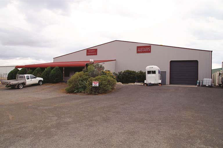 12 Wee Waa Road Narrabri NSW 2390 - Image 1