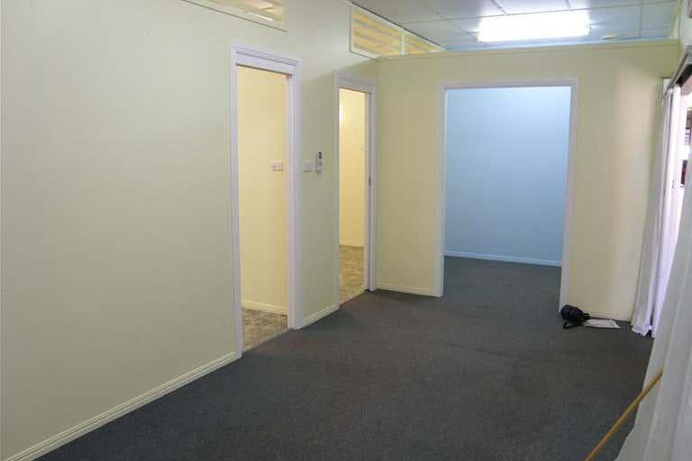 5A - 56 Kariboe Street Biloela QLD 4715 - Image 2