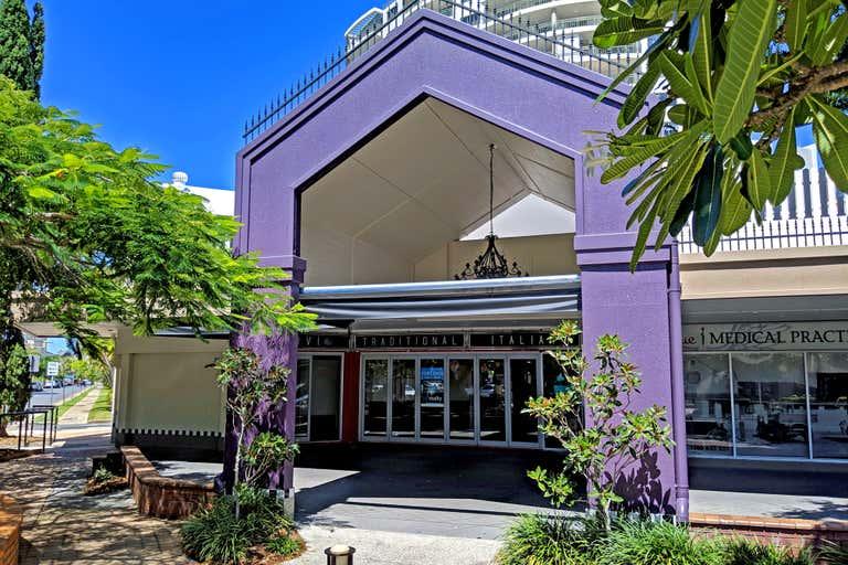 2/30 Peak Avenue Main Beach QLD 4217 - Image 2