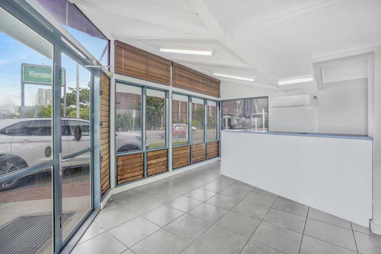 77 Cavenagh St Darwin City NT 0800 - Image 2