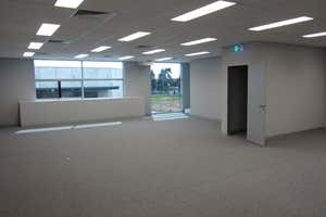 9/78 Wirraway Drive Port Melbourne VIC 3207 - Image 4