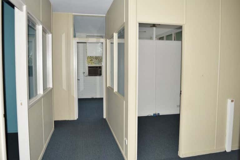 3/1601 Main Road Research VIC 3095 - Image 4