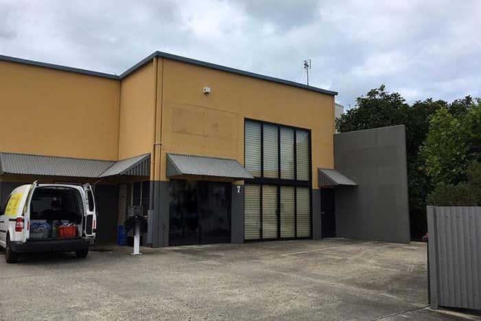7/13 Machinery Avenue Warana QLD 4575 - Image 2