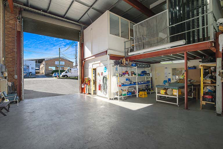 53 Barry Avenue Mortdale NSW 2223 - Image 4