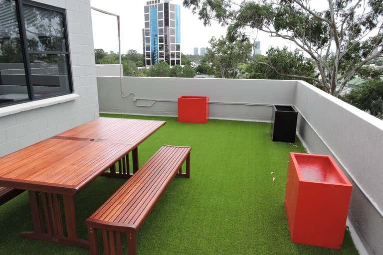 Level 4, 146 Bundall Road Bundall QLD 4217 - Image 2