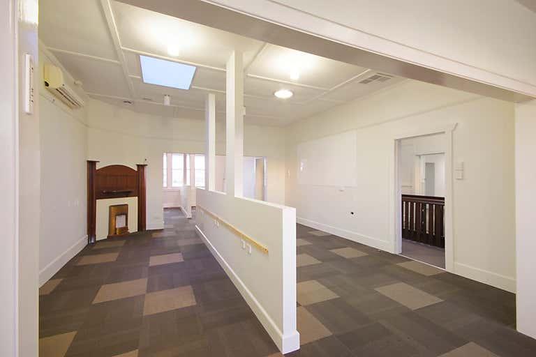 1st Floor, 216 Pakington Street Geelong West VIC 3218 - Image 2