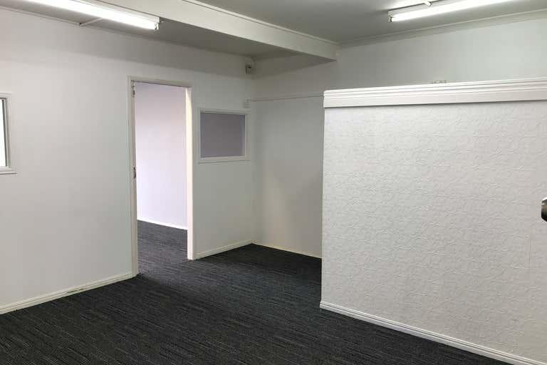 5/5 Davenport Street Southport QLD 4215 - Image 1