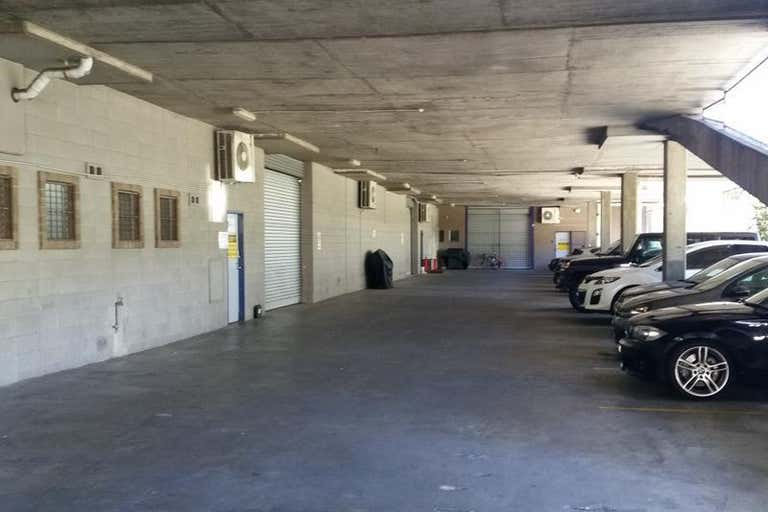 Large Warehouse/Office Headquarters - Image 2