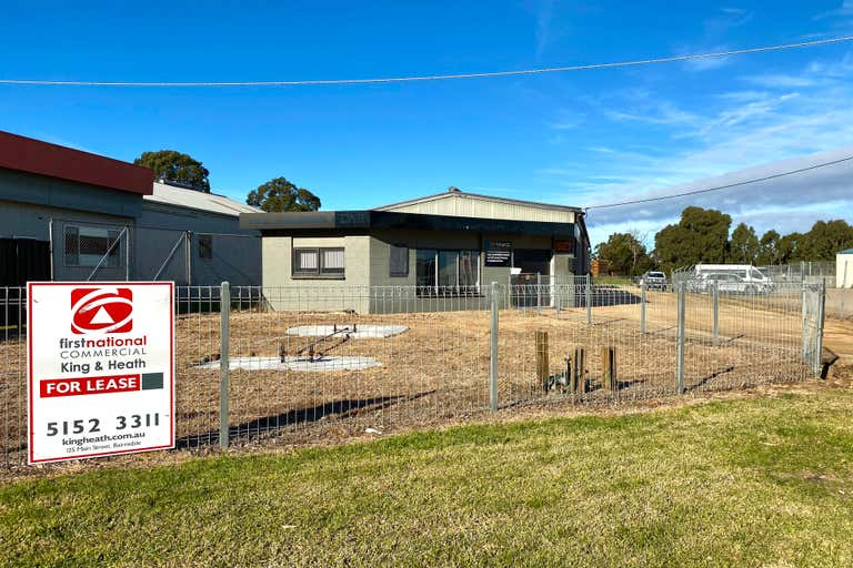1/627 Main Street Bairnsdale VIC 3875 - Image 1