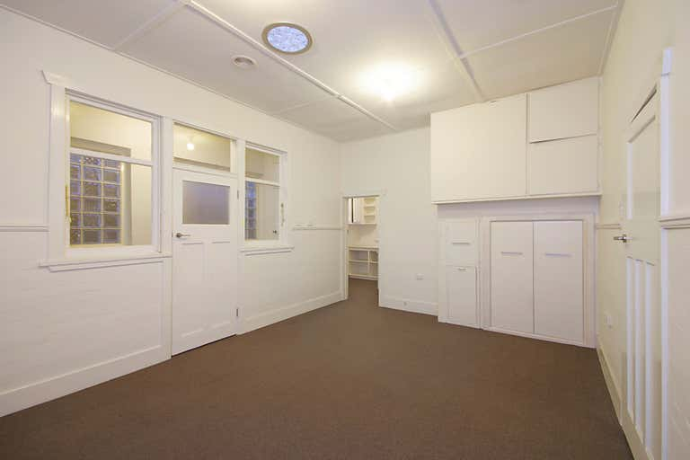 1st Floor, 216 Pakington Street Geelong West VIC 3218 - Image 4