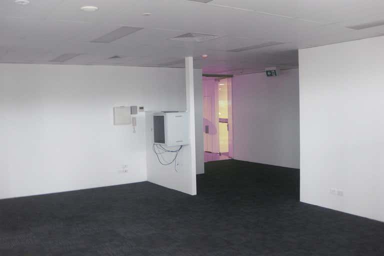 Suite 17, 328 Scottsdale Drive Robina QLD 4226 - Image 4