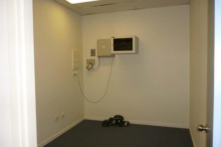 Shop N, Ground Floor 280 Flinders Street Townsville City QLD 4810 - Image 4