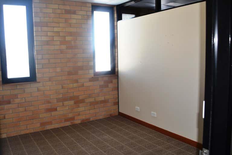 3/477 Ruthven Street Toowoomba City QLD 4350 - Image 4