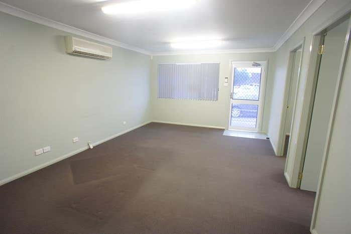 17 Groves Road Bennetts Green NSW 2290 - Image 4