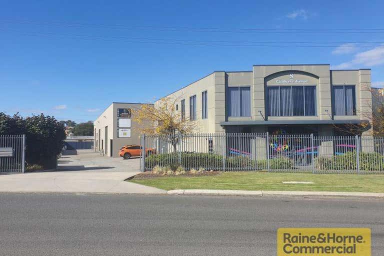 2 / 8 Calabrese Avenue Wanneroo WA 6065 - Image 2