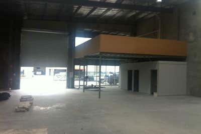 2/6 Royan Place Bayswater VIC 3153 - Image 2