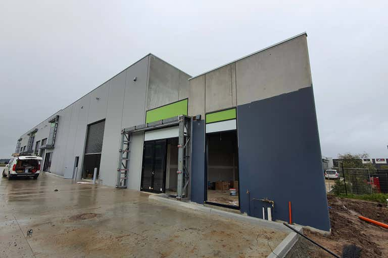 9/37 Industrial Circuit Cranbourne West VIC 3977 - Image 1
