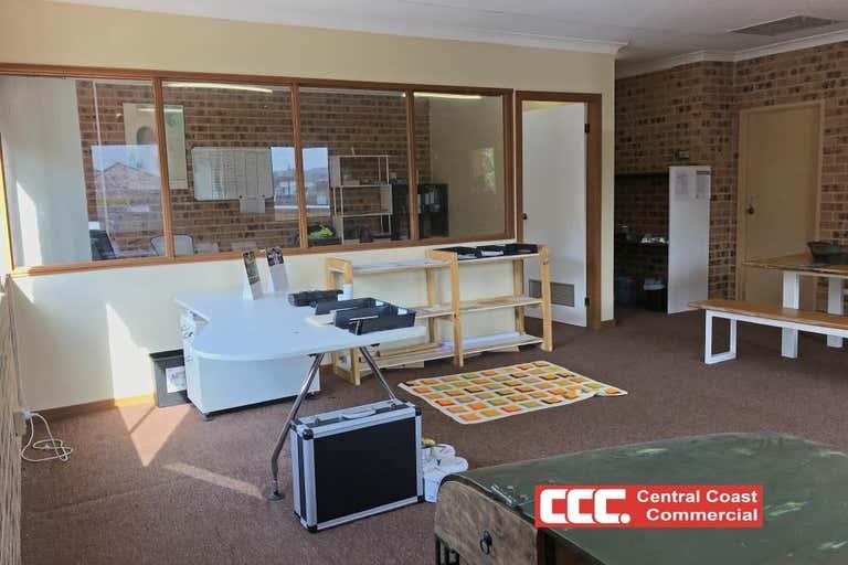 4/355 Mann Street Gosford NSW 2250 - Image 3